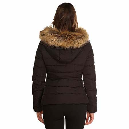 doudoune avec capuche en vrai fourrure doudoune femme avec. Black Bedroom Furniture Sets. Home Design Ideas